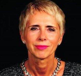 Clara Ferreira Alves